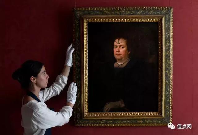 梵蒂冈的不��影权力游戏 |「教宗情妇」肖像失落300年重现人�Ω妒�